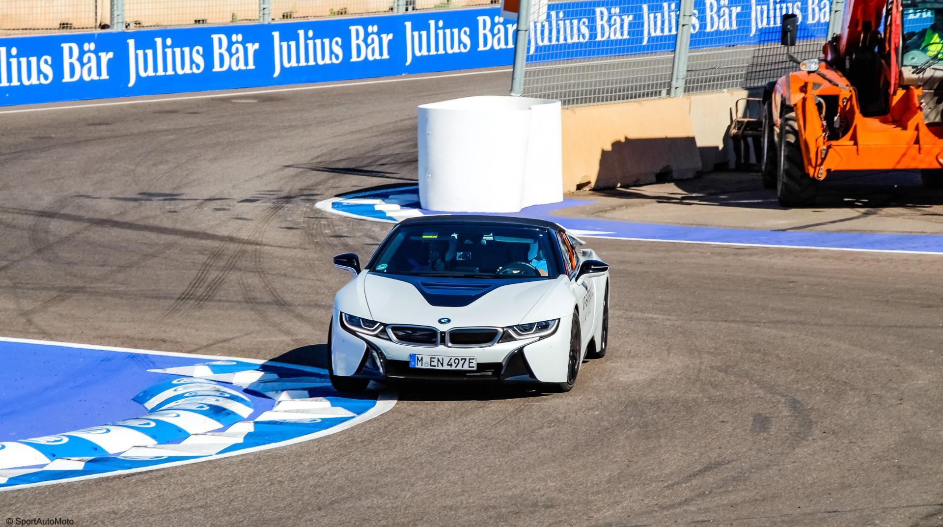 nous-avons-teste-la-bmw-i8-roadster-sur-circuit-975-21.jpg