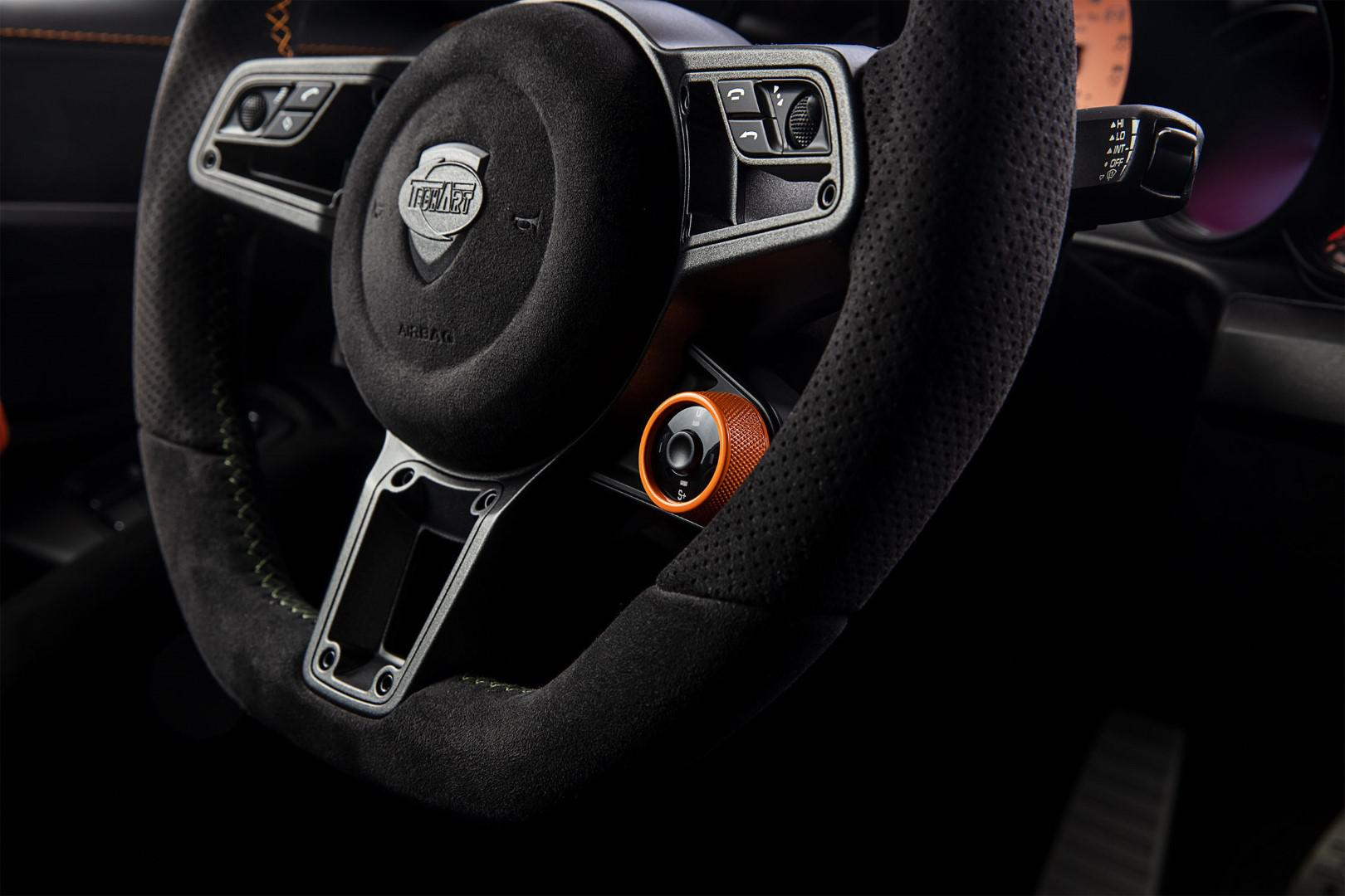 10-exemplaires-seulement-porsche-911-turbo-s-gtstreet-rs-by-techart-1049-4.jpg