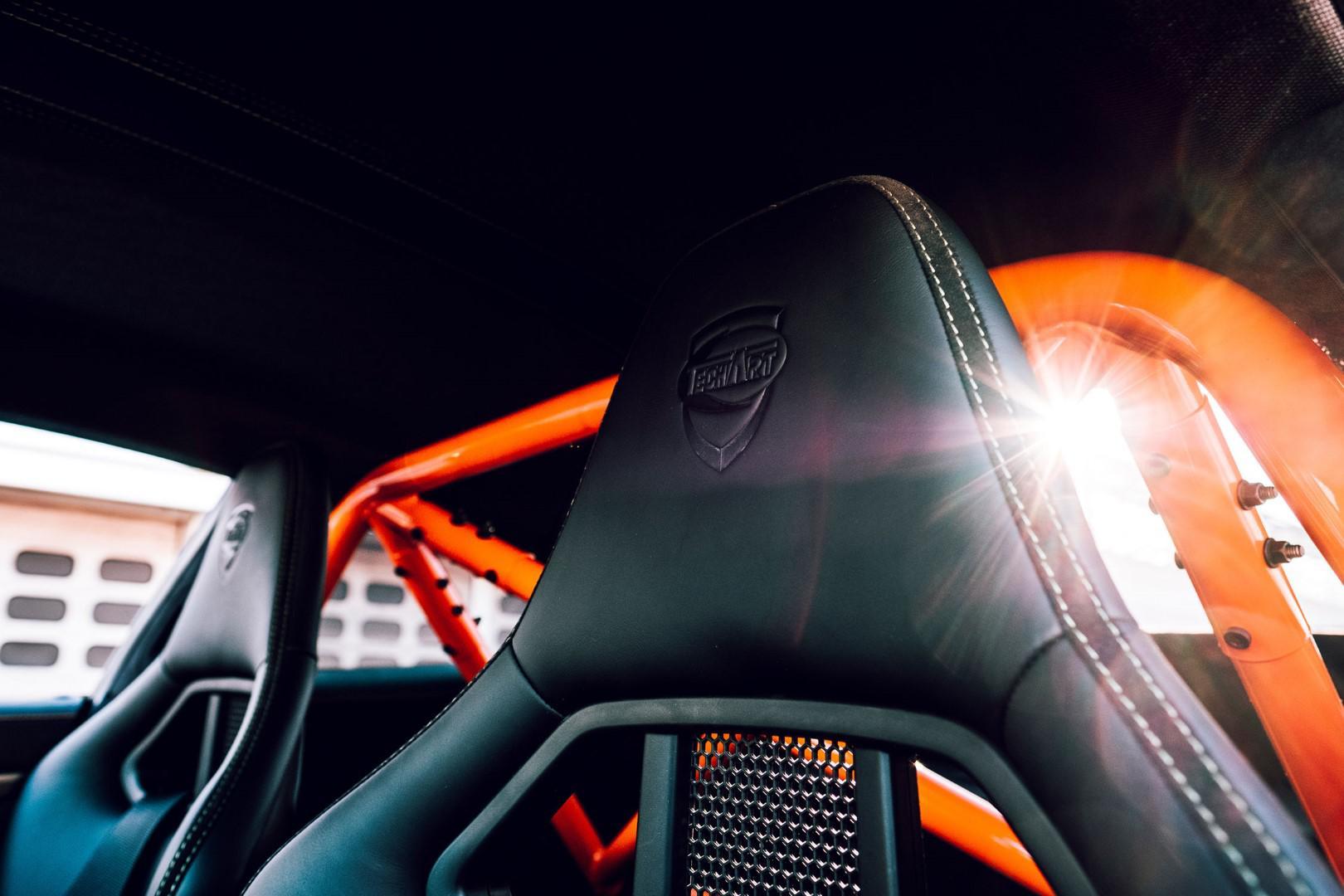 10-exemplaires-seulement-porsche-911-turbo-s-gtstreet-rs-by-techart-1049-5.jpg