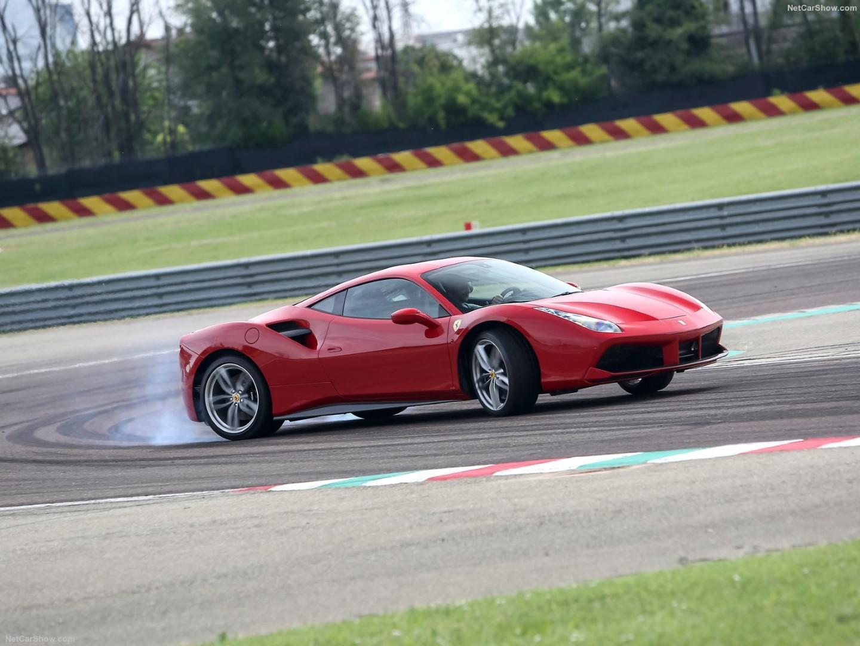 top-10-des-voitures-classees-par-leur-ratio-poids-puissance-1082-2.jpg