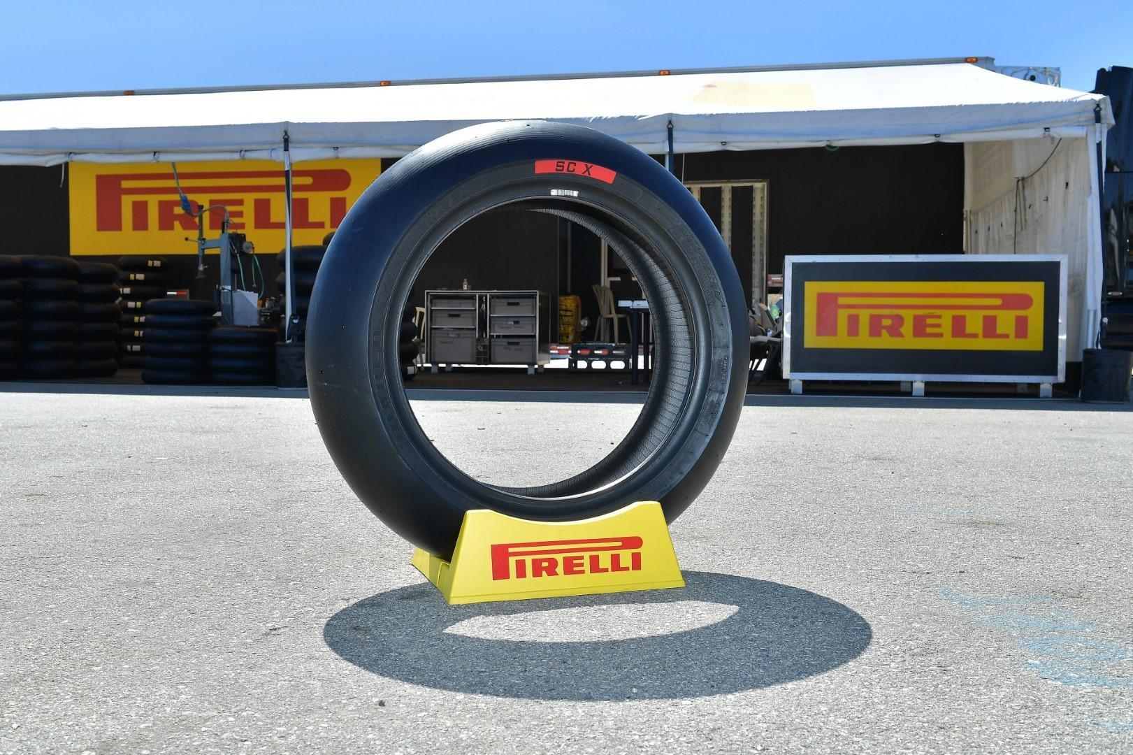 Pirelli fournisseur officiel pour toutes les catégories du Championnat du Monde FIM Superbike jusqu'en 2023