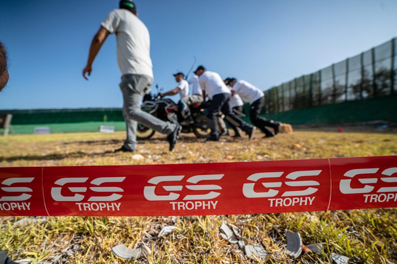 1ere-edition-reussi-du-gs-trophy-afrique-du-nord-1122-8.jpg