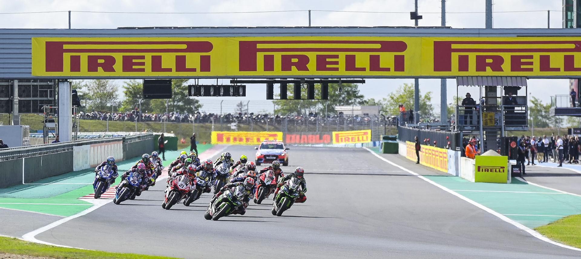 pirelli-fournisseur-officiel-pour-toutes-les-categories-du-championnat-du-monde-fim-superbike-jusqu-en-2023-1142-1.jpg