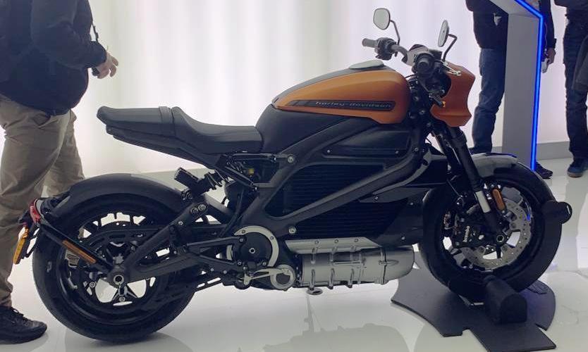 eicma-2019-les-motos-en-photos-1149-44.jpg