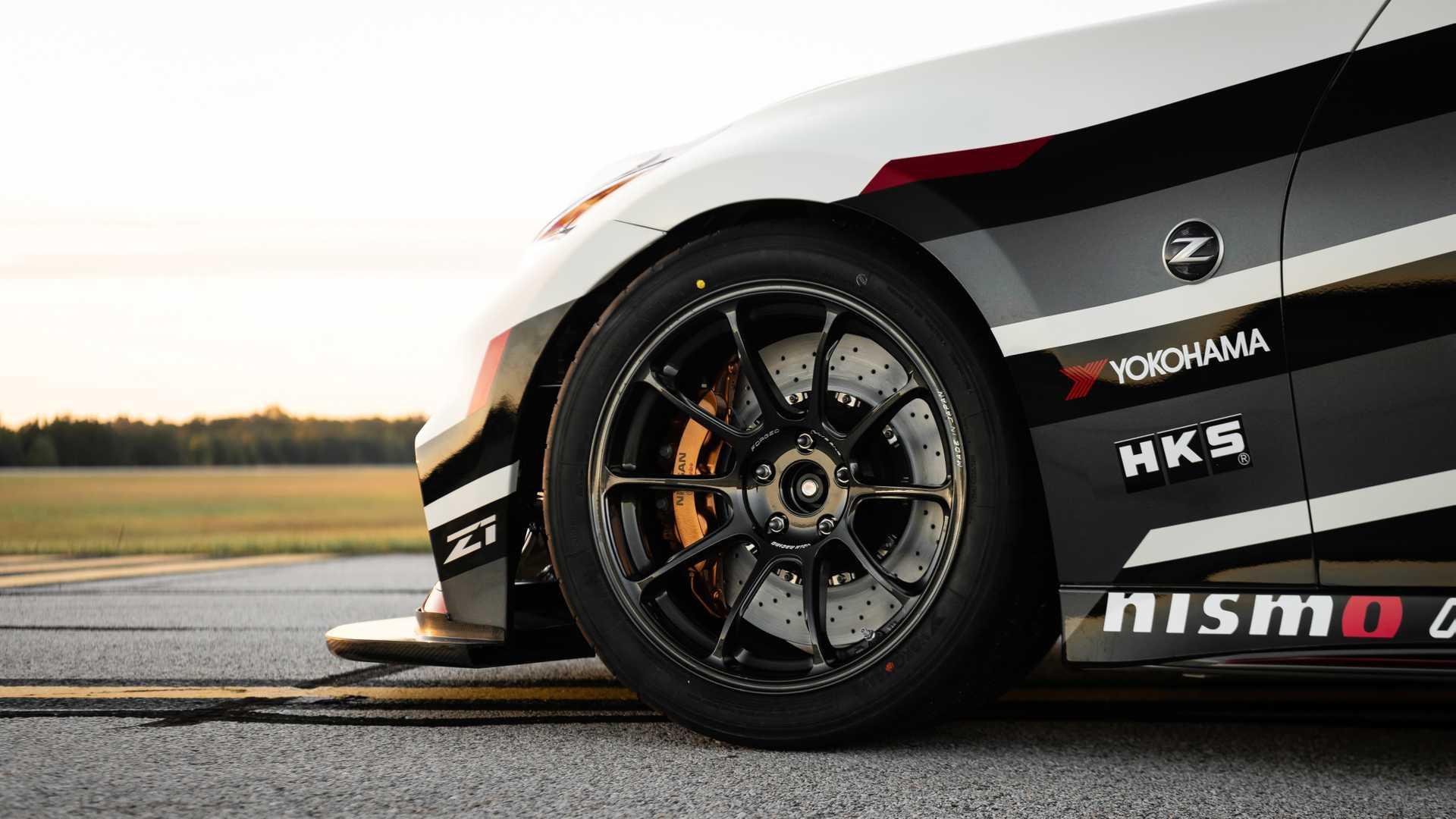 nissan-370z-by-z1-motorsports-une-bete-de-course-1147-5.jpg