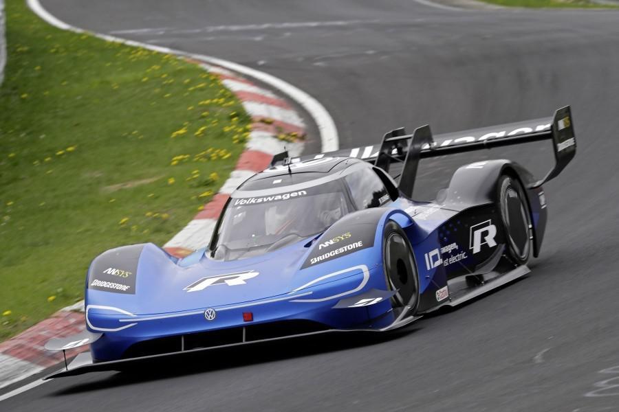 les-voitures-les-plus-rapides-du-nuerburgring-par-categorie-1158-6.jpg