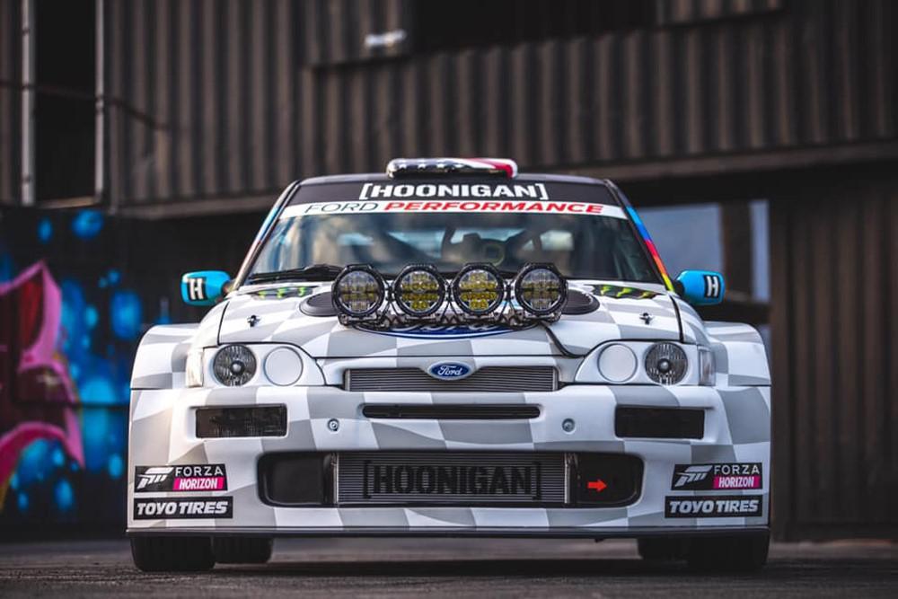 ford-escort-rs-cosworth-cossie-v2-by-ken-block-hoonigan-racing-1230-1.jpg