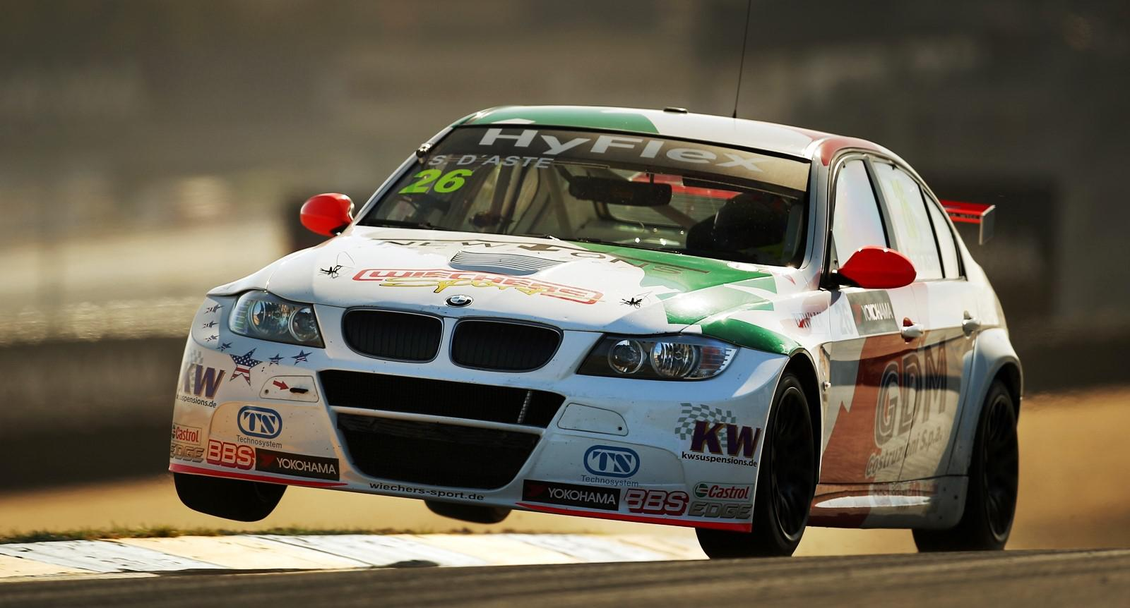 preparer-une-voiture-pour-la-course-au-maroc-1255-41.jpg