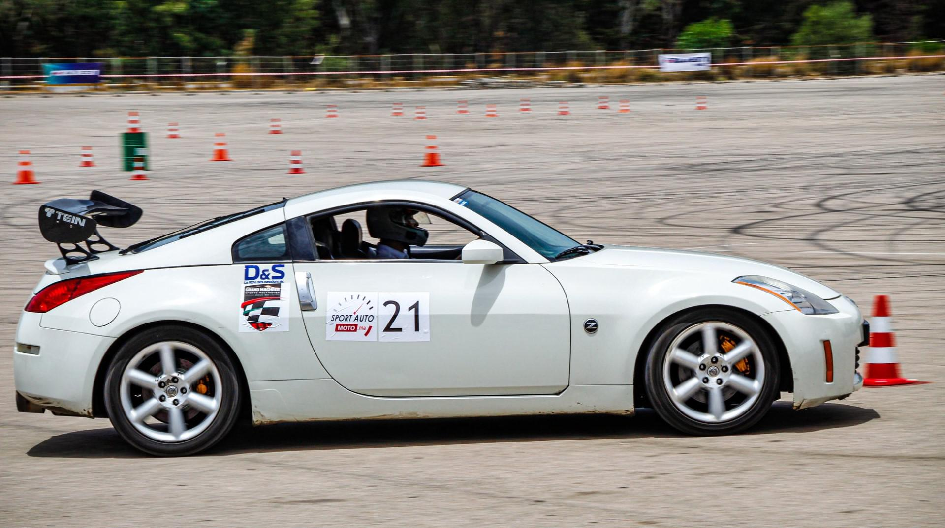 preparer-une-voiture-pour-la-course-au-maroc-1255-72.jpg