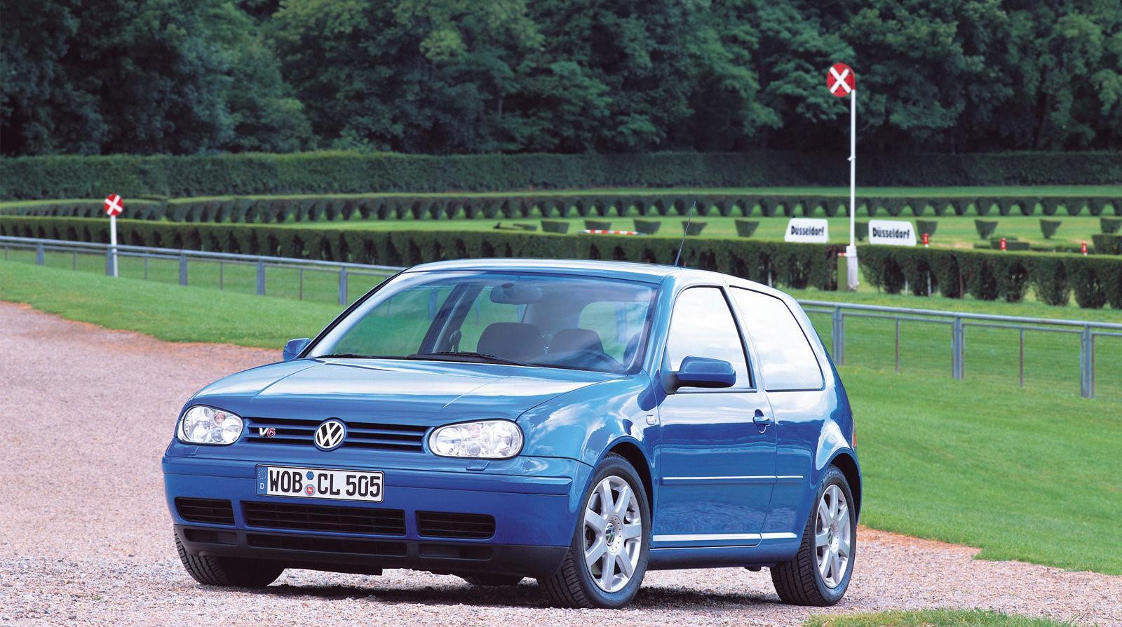 golf-iv-r32-il-etait-une-fois-une-voiture-de-legende-1265-2.jpg