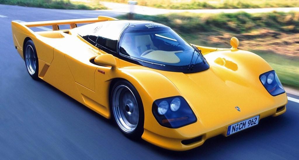voitures-de-sports-qui-auront-25-ans-aujourd-hui-1269-28.jpeg