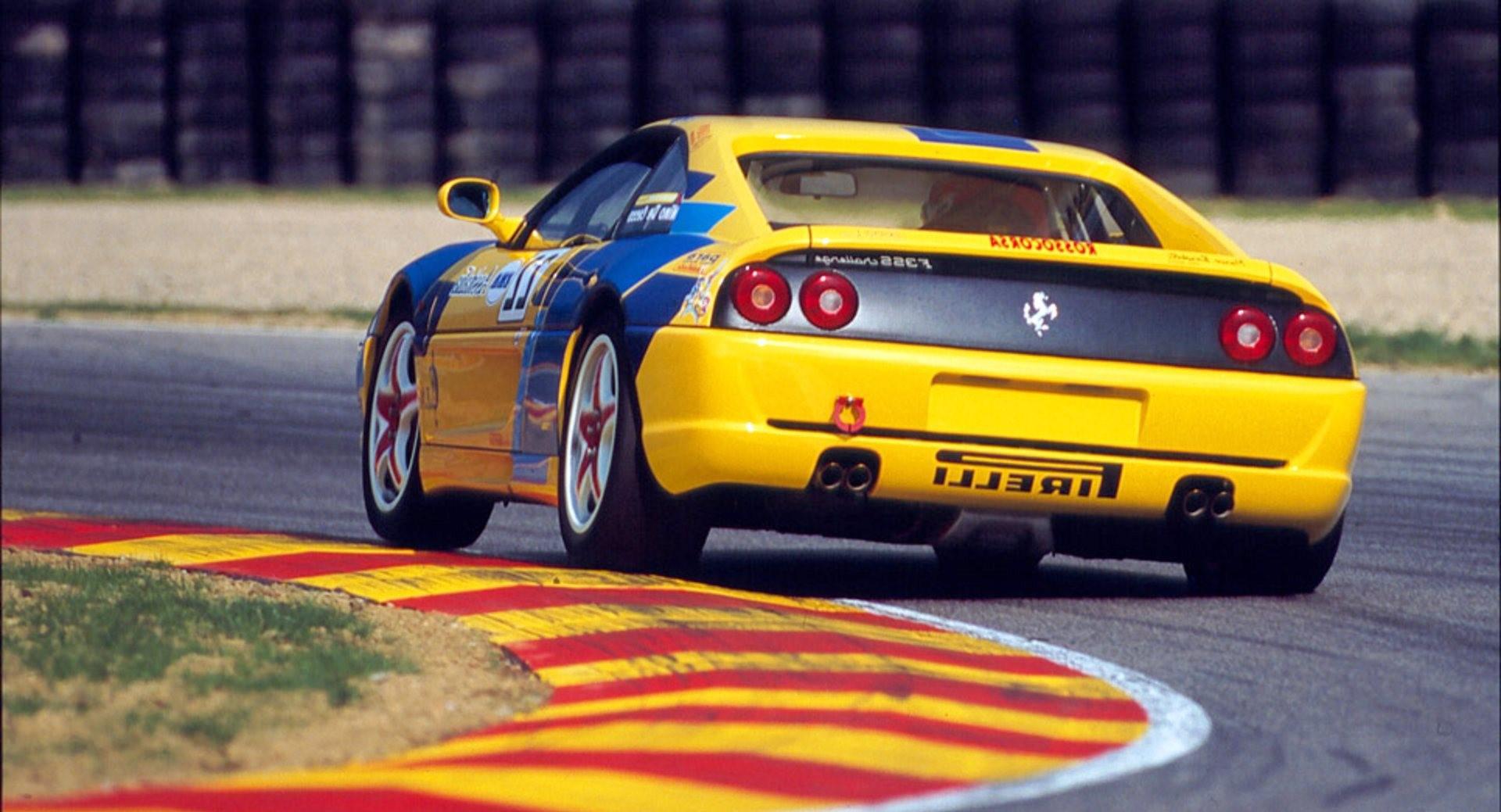 voitures-de-sports-qui-auront-25-ans-aujourd-hui-1269-34.jpg