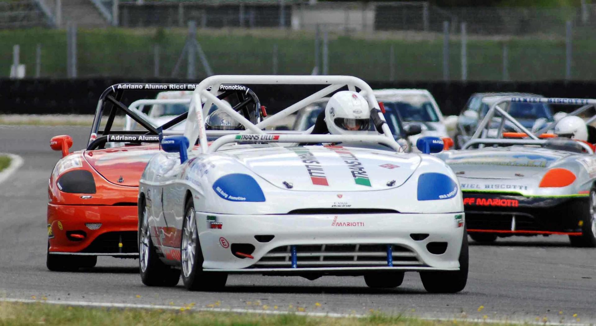 voitures-de-sports-qui-auront-25-ans-aujourd-hui-1269-42.jpg