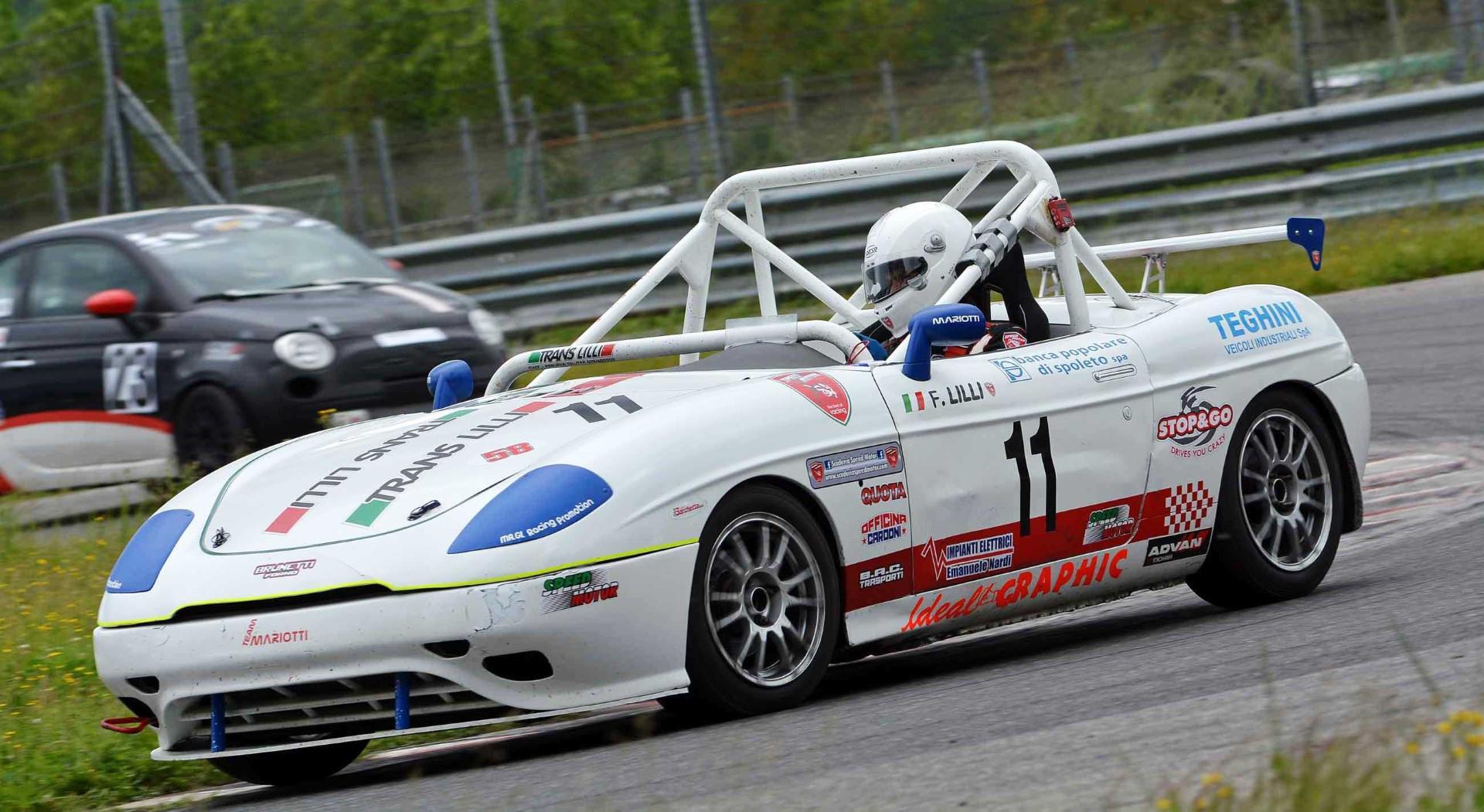 voitures-de-sports-qui-auront-25-ans-aujourd-hui-1269-43.jpg