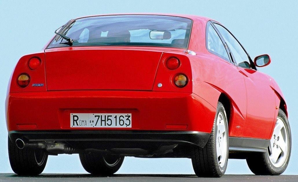 voitures-de-sports-qui-auront-25-ans-aujourd-hui-1269-45.jpg