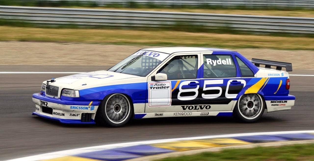 voitures-de-sports-qui-auront-25-ans-aujourd-hui-1269-93.jpg