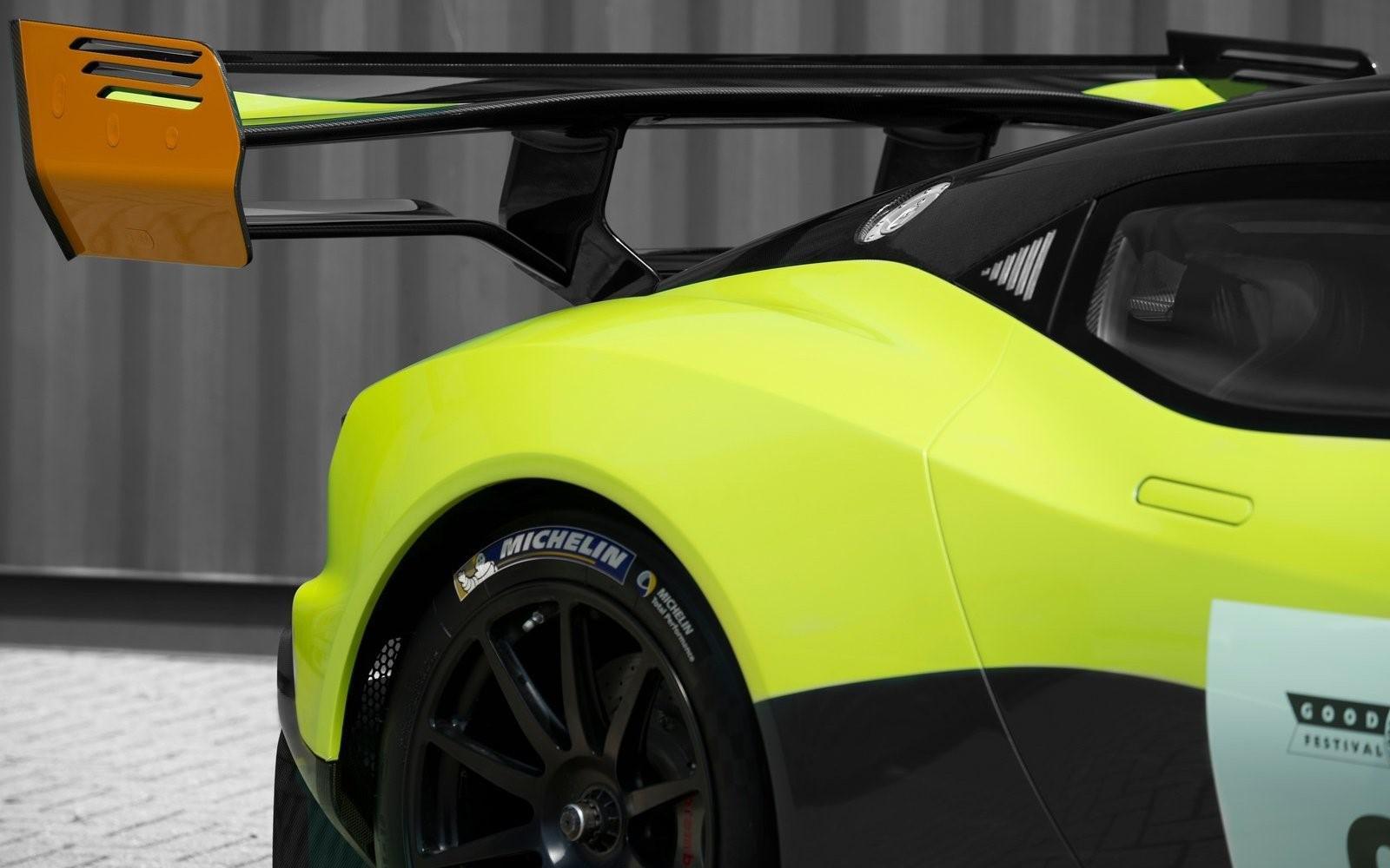 la-voiture-de-piste-la-plus-extreme-au-monde-aston-martin-vulcan-amr-pro-1308-11.jpg