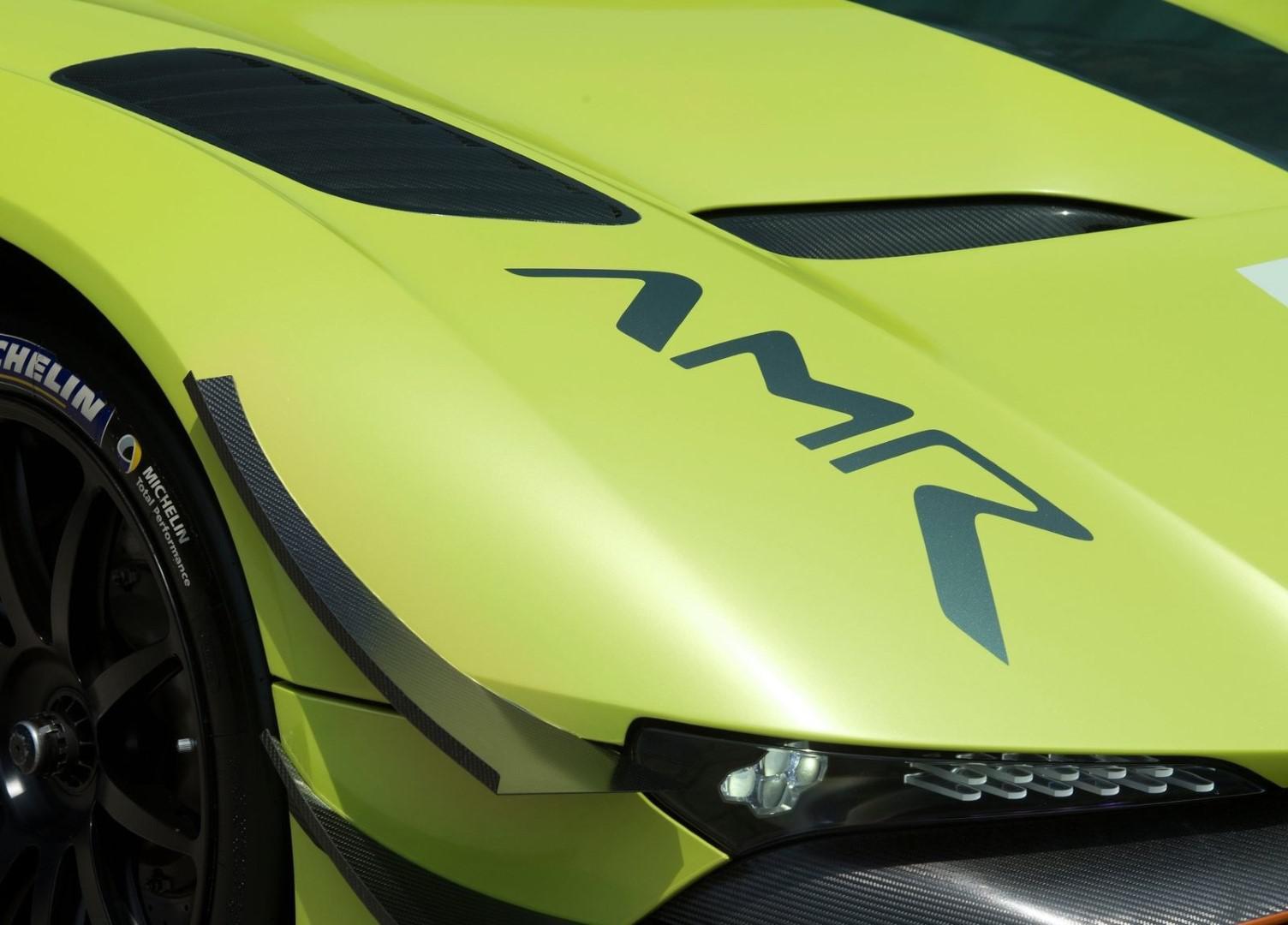 la-voiture-de-piste-la-plus-extreme-au-monde-aston-martin-vulcan-amr-pro-1308-4.jpg