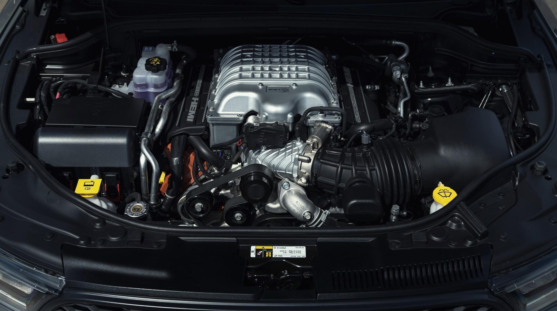 dodge-srt-3-nouveaux-modeles-de-tres-hautes-performances-1318-12.jpg