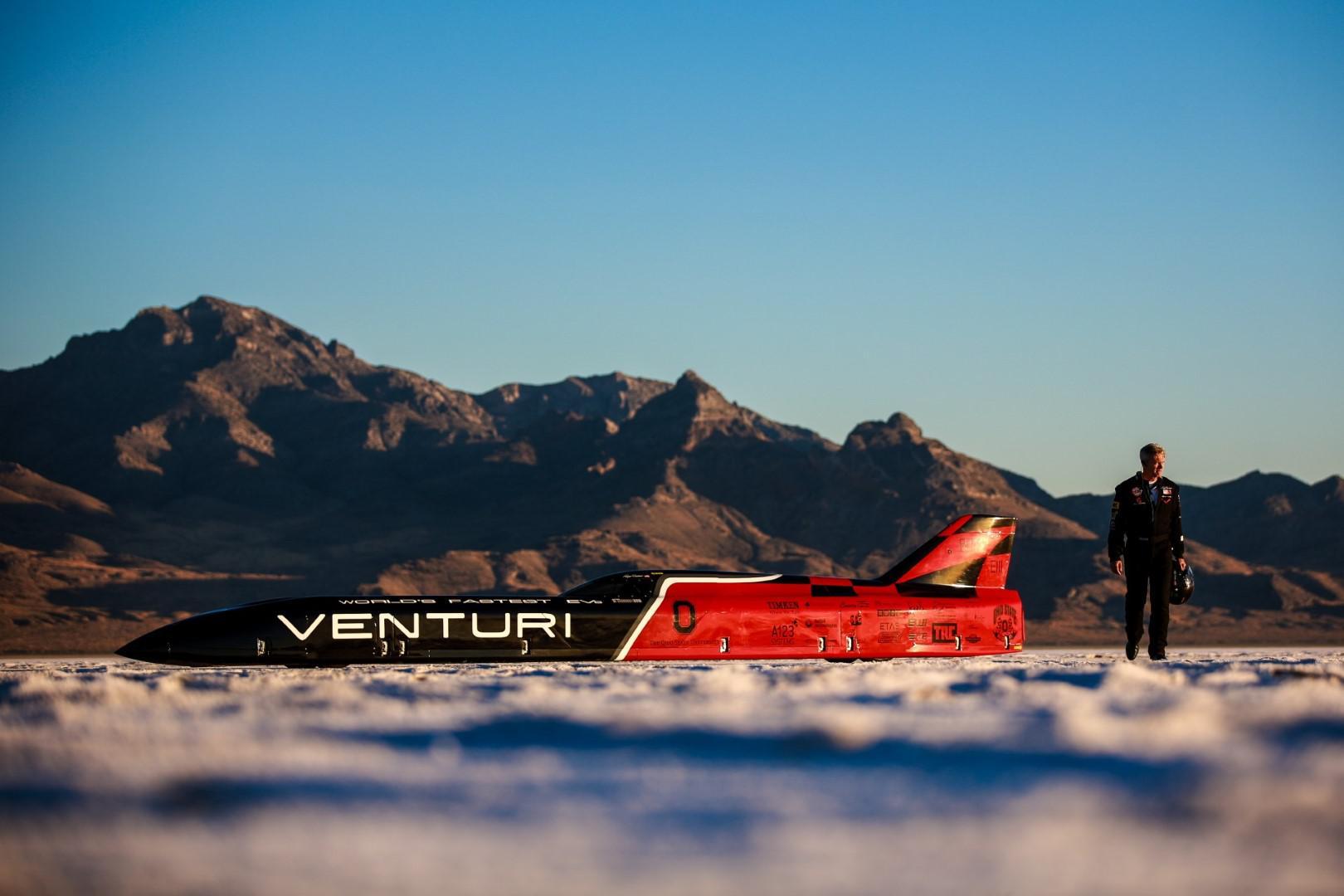 Venturi célèbre quatre années du record du monde de vitesse (549 km/h) pour un véhicule électrique