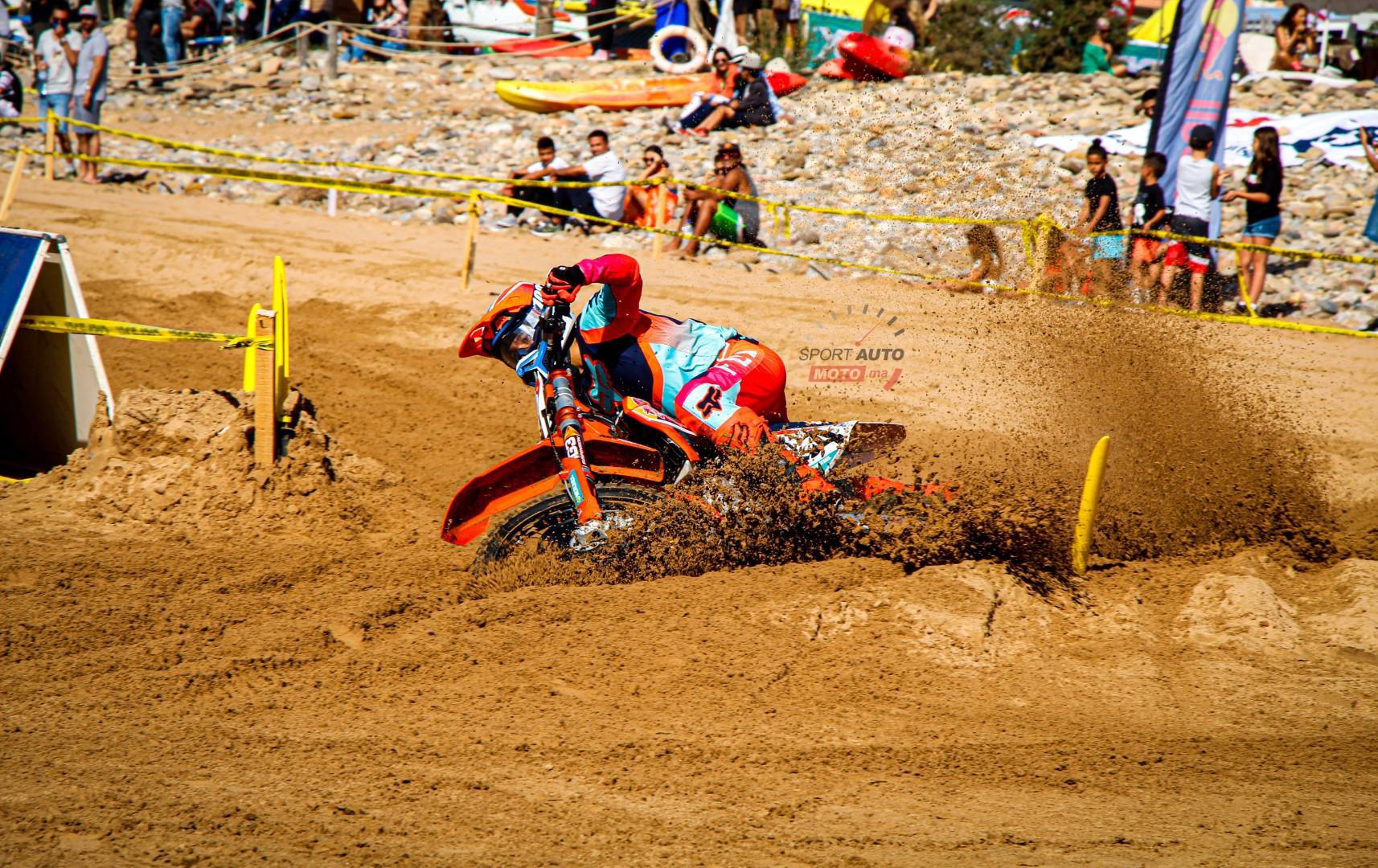 la-plage-d-imi-ouaddar-a-ronronne-durant-la-8eme-edition-de-la-beach-race-paradis-plage-1382-3.jpg