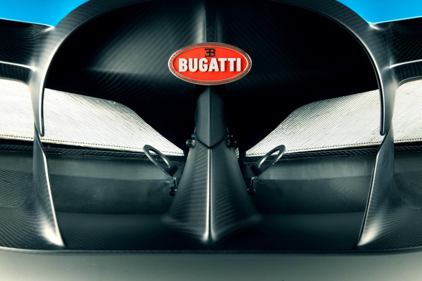 bugatti-imprime-la-perfection-au-dixieme-de-millimetre-1423-11.jpg