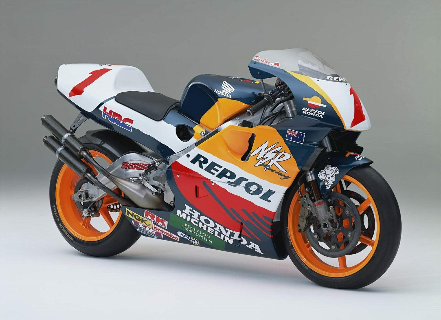 moto-gp-honda-evolution-de-la-puissance-1408-6.jpg