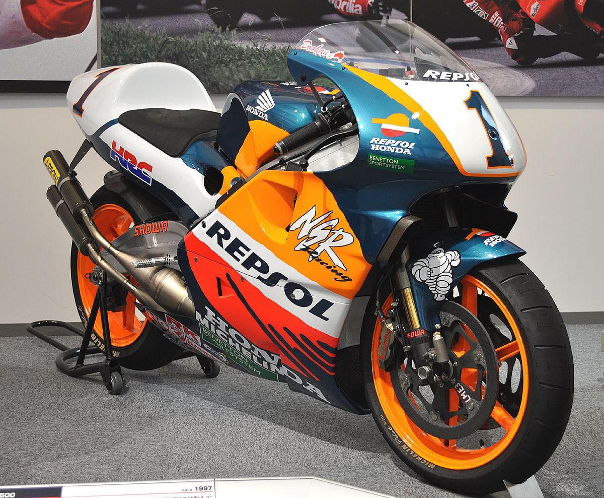 moto-gp-honda-evolution-de-la-puissance-1408-7.jpg
