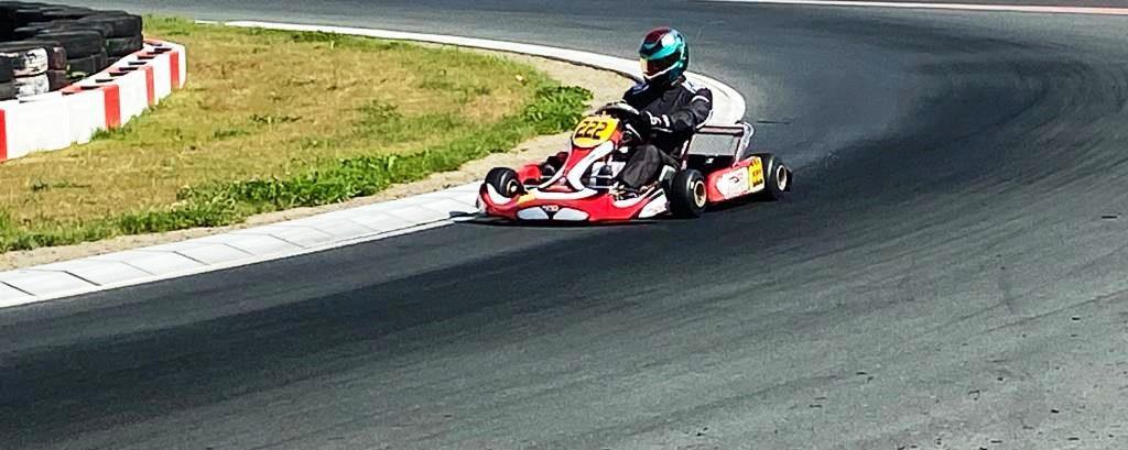 qui-est-ce-marocain-champion-de-karting-en-angleterre-1410-9.jpg