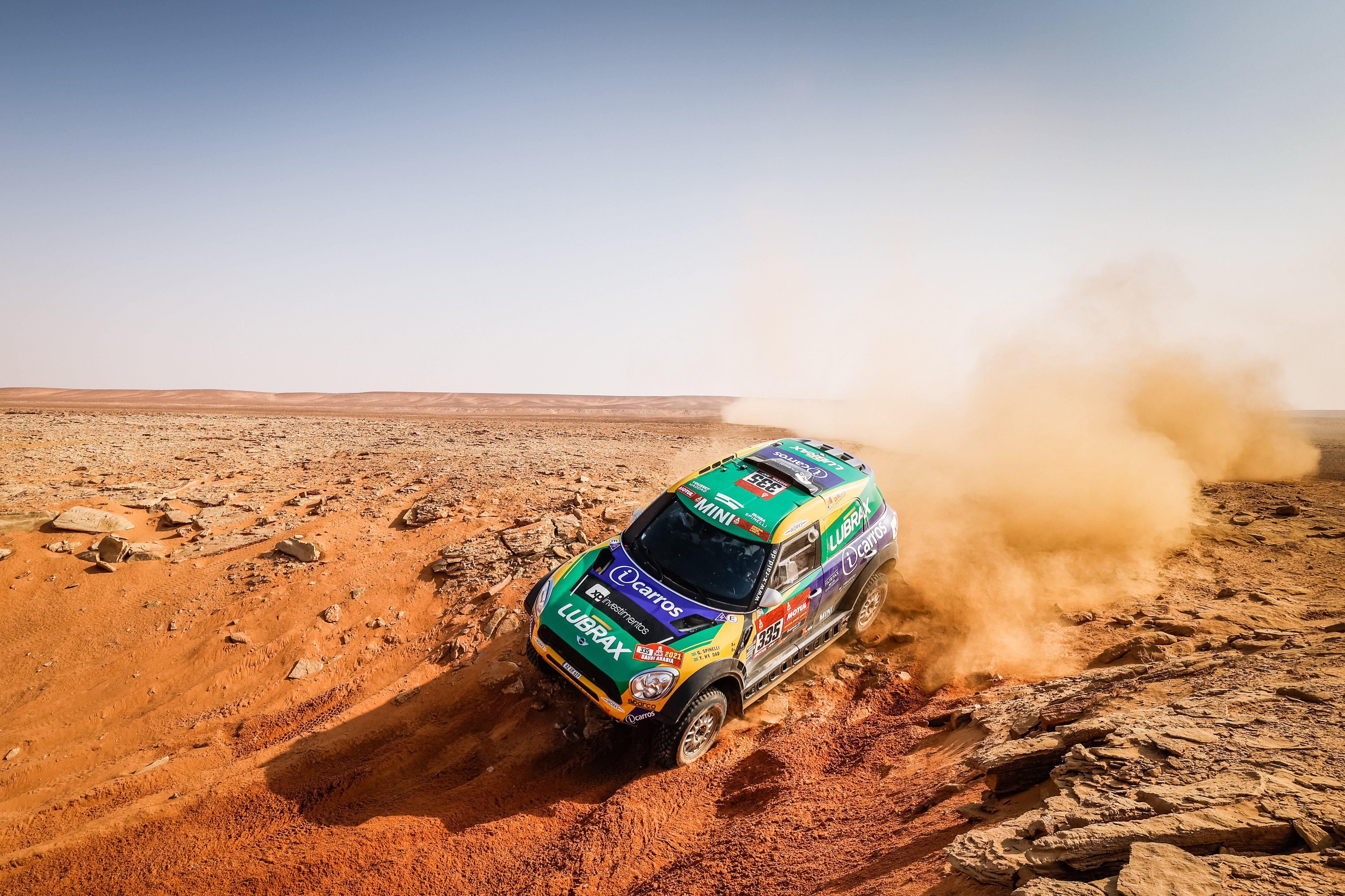 rally-dakar-2021-6eme-victoire-au-general-pour-mini-1416-6.jpg