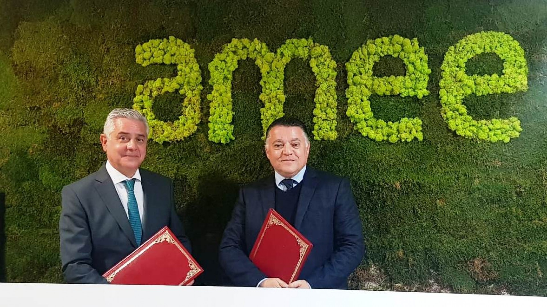 Signature de convention entre AMEE et MCM