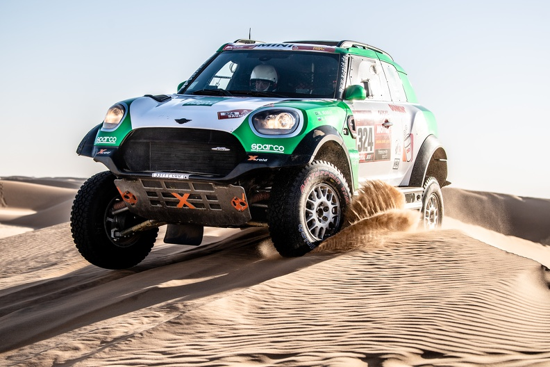 Dubaï Baja : X-Raid aligne deux équipages