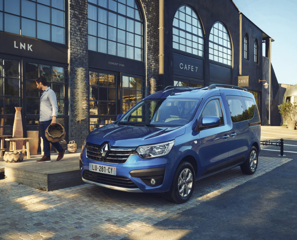 1-2021-Nouveau-Renault-Express-En-situation-1024x828.jpeg