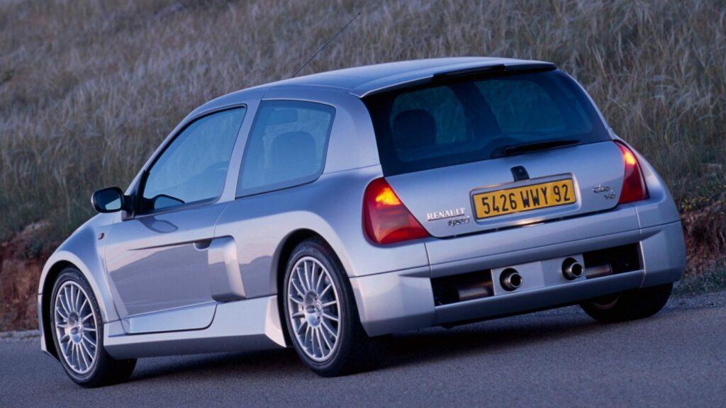 6-Renault-Cliov6-1536x864-1-1024x576.jpg