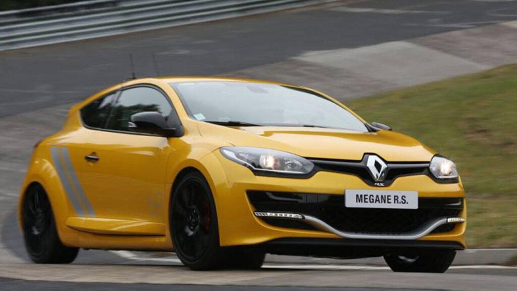 8-Renault-MEGANE_RS-275_TROPHY-1024x576.jpg